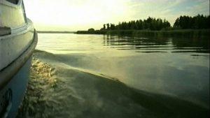 Boot Wellen beschnitten
