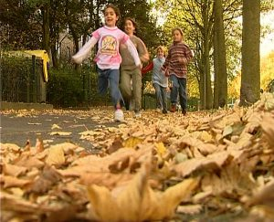 A. SMK - Kinder laufen Endf