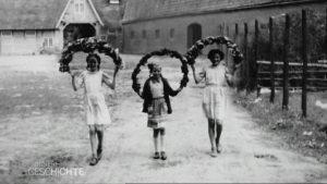 Hausbesuch - Gut Roest 3 Mädchen