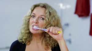 Ja ich weiss NDR Bettina Tietjen Zähne putzen Guenter Wallbrecht